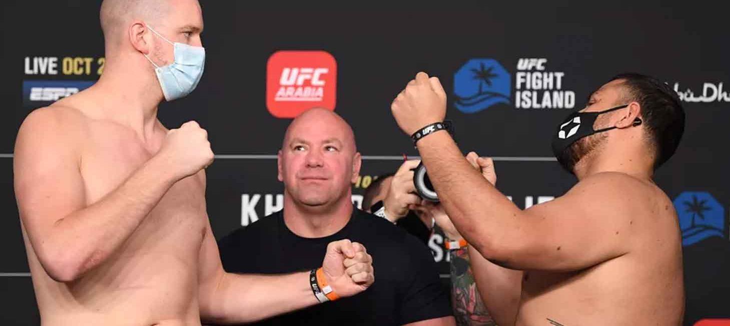 Stefan Struve verliest zijn partij bij UFC 254